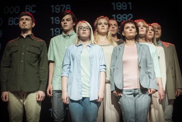 """(pirmas iš kairės) Dmitrij Marčenko spektalio """"Žalia pievelė"""" premjeroje - foto: D. Matvejev"""