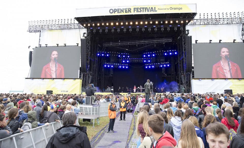 "The Dumplings i Orkiestra ""Open'er 2017"" - foto: Vidas Černiauskas"