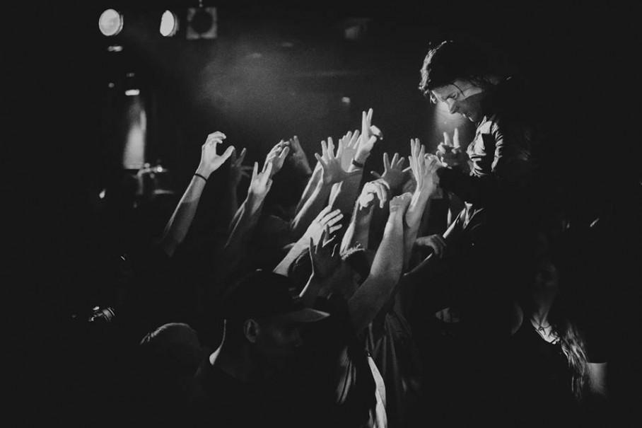 "Deafheaven ""Hybrydy"" klube - foto: Gediminas Bartuška / onstage.lt"